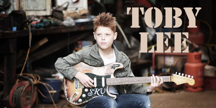photo of guitarist Toby Lee